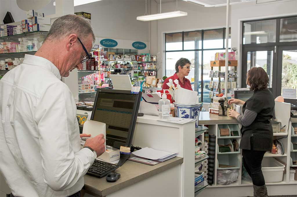 Meet the Lang's Pharmacy team
