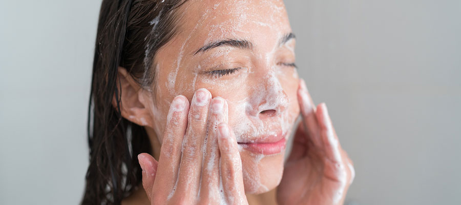 Skin care advice for acne sufferers.